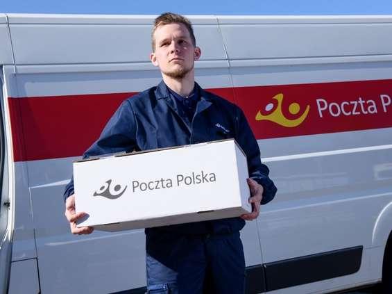 Paczka z Poczty Polskiej do odbioru w Biedronce