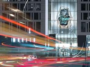 Cyfrowa rzeźba w centrum Warszawy