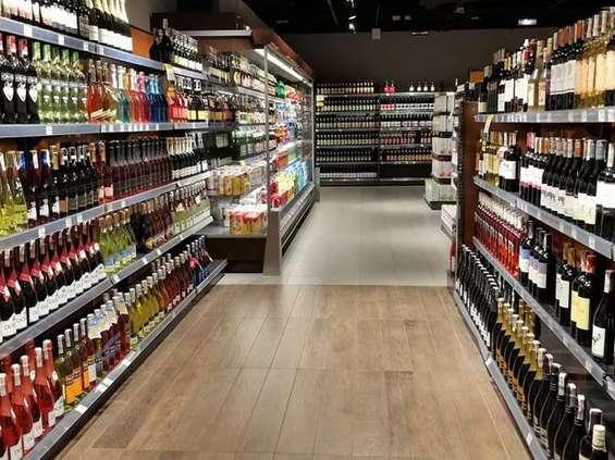 Sprzedaż alkoholu a sklepy samoobsługowe [ANALIZA]