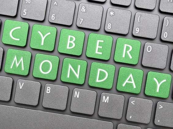 BLIK: Black Friday kontra Cyber Monday