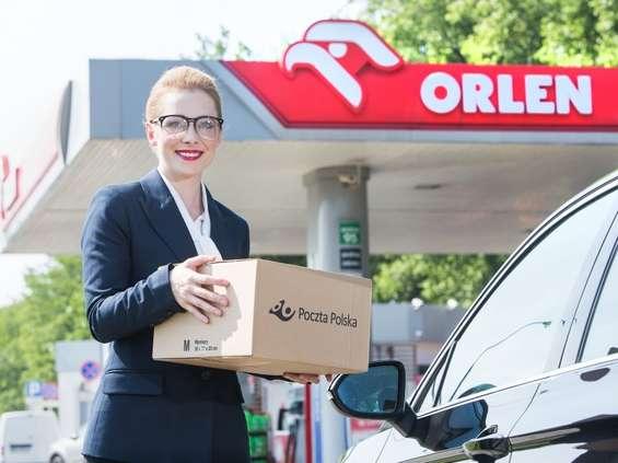 Poczta Polska podwoiła odbiór paczek na Orlenie