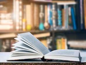 Nielsen: Tokarczuk króluje wśród książek pod choinkę