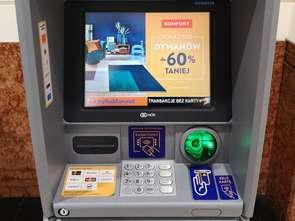 Sklepy Komfort reklamują się na bankomatach Euronetu