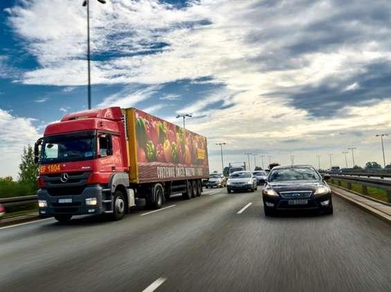16 centrów dystrybucyjnych ma zapenić ciągłość dostaw w Biedronce