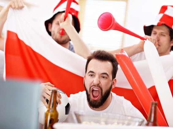 Euro 2020 przełożone. Branża piwna i przekąskowa liczy straty