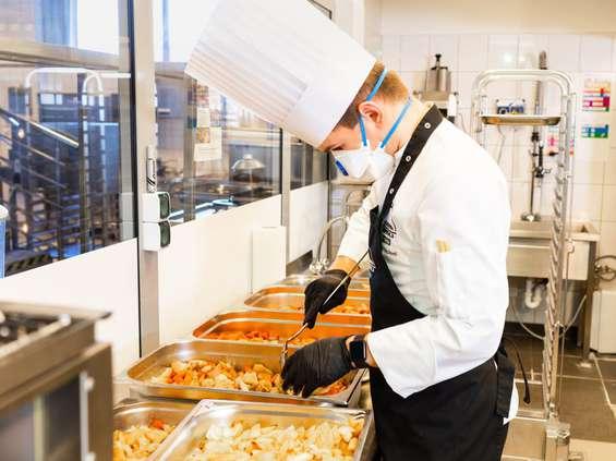 Makro dołącza do akcji Posiłek dla Lekarza