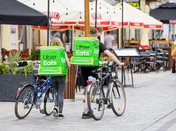 Uber Eats rozszerza wsparcie dla restauracji i użytkowników aplikacji