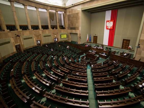 Ustawa o tarczy antykryzysowej wraca do Sejmu