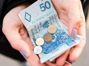 Połowa Polaków spodziewa się utraty pracy i znaczącego spadku dochodów