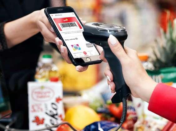 Kolejna duża stacjonarna sieć handlowa ułatwia Polakom zakupy online