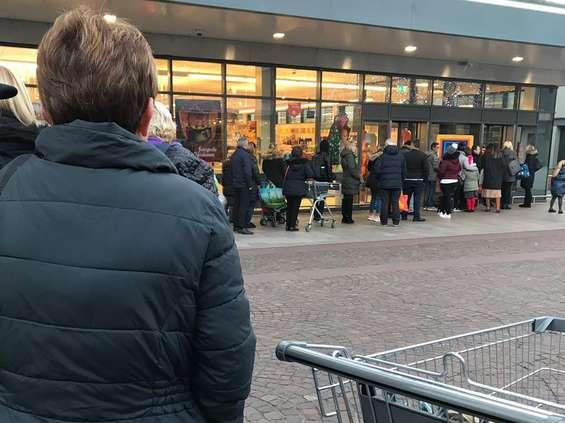 """""""Solidarność"""": źle liczona liczba klientów w sklepie"""