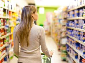 Nielsen: mniejsze wydatki na zakupy