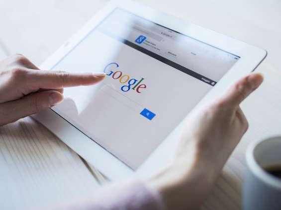 Google sprawdziło, jak Polacy radzili sobie z pielęgnacją w domu