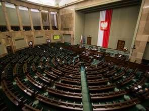 Rząd przyjął tarczę antykryzysową 3.0
