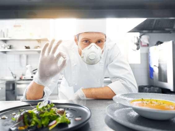 Restauratorzy liczą, że gości będzie coraz więcej