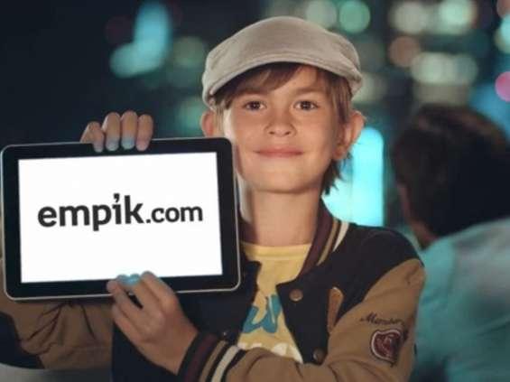 Pierwszy milion Empiku; nowa wizja Carrefoura