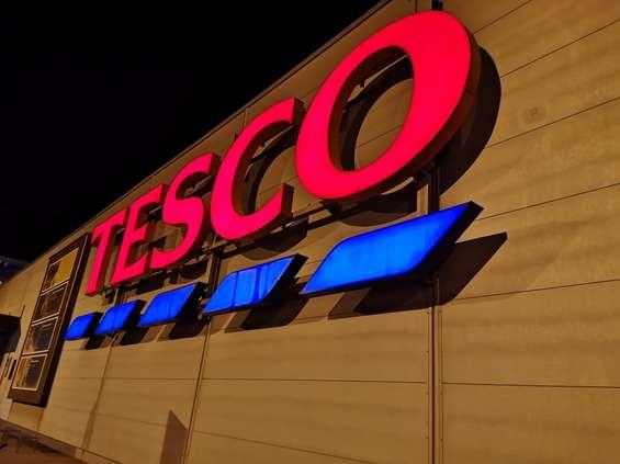 Tesco ogłasza zwolnienia grupowe