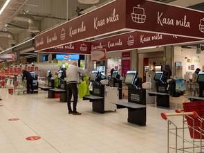 Rewolucja w Auchan: stawiamy na kasy samoobsługowe