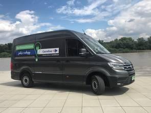 E-samochody zasilą flotę Carrefoura