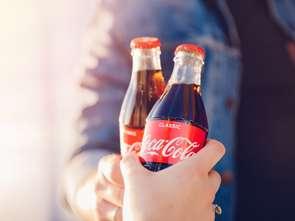 Coca-Cola ma gorsze wyniki, ale... rośnie