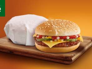 Żabka: ponad 1 mln cheesburgerów w miesiąc