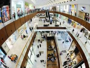 Po pandemii sklepy w galeriach handlowych coraz częściej stają się salonami wystawowymi