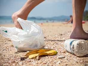 Lidl: z helskich plaż sprzątnięto niemal tonę śmieci