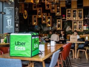 Uber Eats przedłuża bezprowizyjny odbiór osobisty