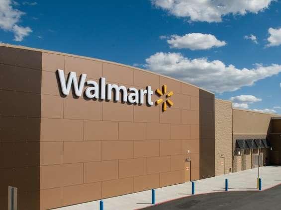 Walmart przyspiesza online