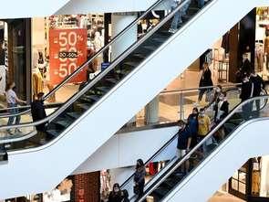Polacy mocno podzieleni w kwestii grudniowego otwierania galerii handlowych