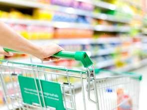 Zakupy w sklepach małoformatowych: rzadziej za mniej