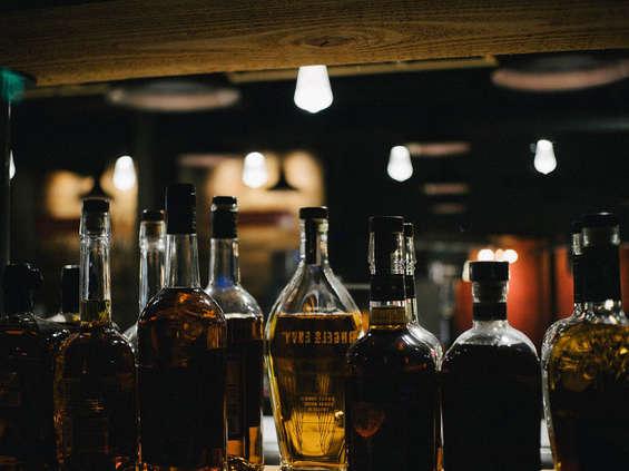 Alkohole w ogniu definicji i przepisów