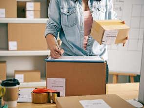 Przesyłki pobraniowe DHL Parcel już nie tylko w Żabce