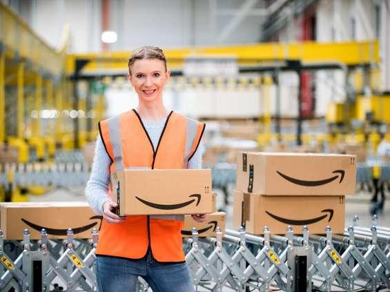 Amazon zatrudnia już milion pracowników!