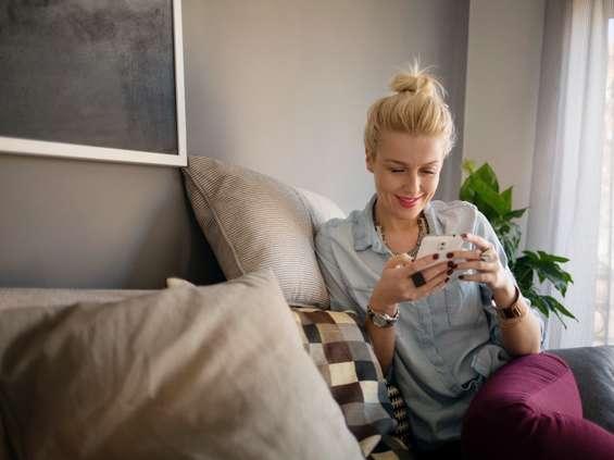 Świąteczne zakupy na smartfonach [RAPORT]