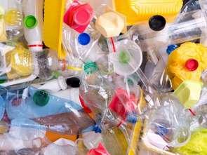 Wchodzi w życie podatek od plastiku