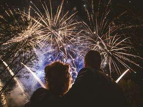 Polacy wciąż kochają fajerwerki