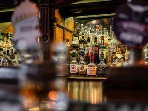Warszawa zwalnia restauratorów z drugiej raty za koncesję na alkohol