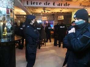 Policjanci zabezpieczyli cały alkohol z warszawskiego klubu