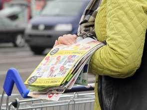 Sklepy wydają coraz mniej gazetek
