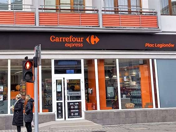 Carrefour idzie w convenience