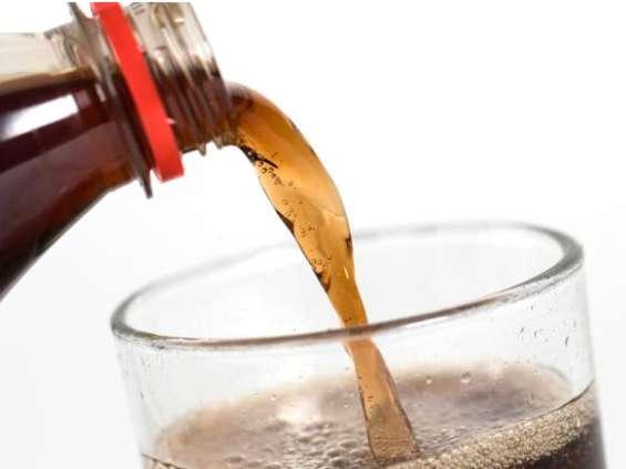 Nielsen: Polacy kupują najmniej napojów gazowanych od lat