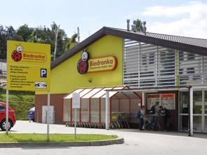 Tuzin piwa gratis w Biedronce. Ale są warunki!