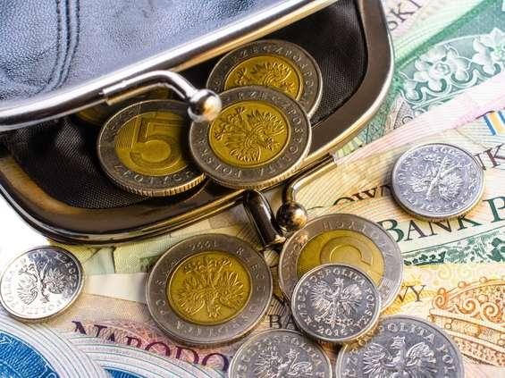 Do Sejmu trafił projekt nakazujący przedsiębiorcom akceptację płatności w gotówce