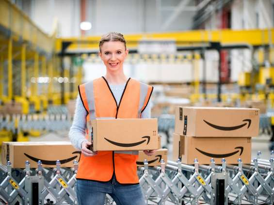 Amazon podnosi pensje dla pracowników