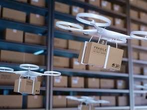 Uwaga na głowy. Drony będą liczyć produkty w sklepach