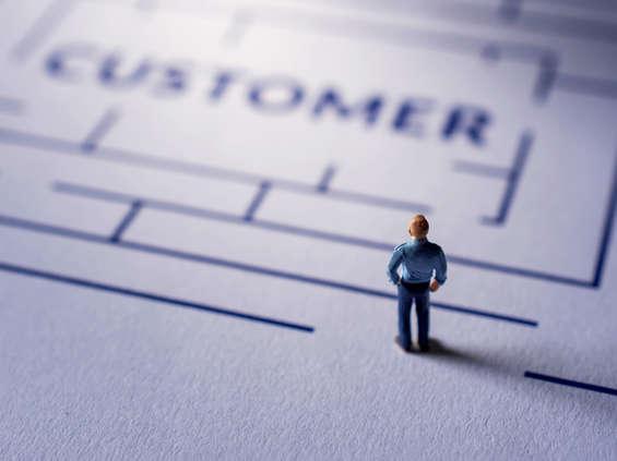 Deloitte: pandemia zwiększyła samodzielność konsumentów