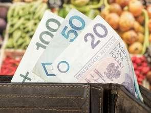 Ceny rosną, Polacy zaczynają oszczędzać