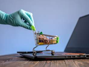 E-sprzedaż zależna od ograniczeń w handlu stacjonarnym