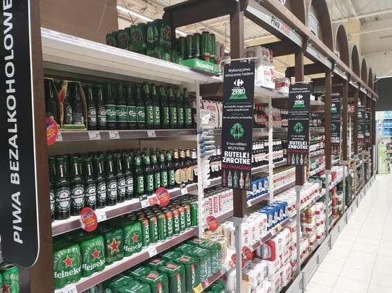 Carrefour: woda w butelkach zwrotnych bez paragonu